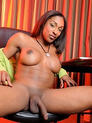Sexy ebony tgirl posing her fat dick